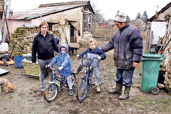Silvester i Kornelija Peter čine sve da deci obezbede bar najosnovnije