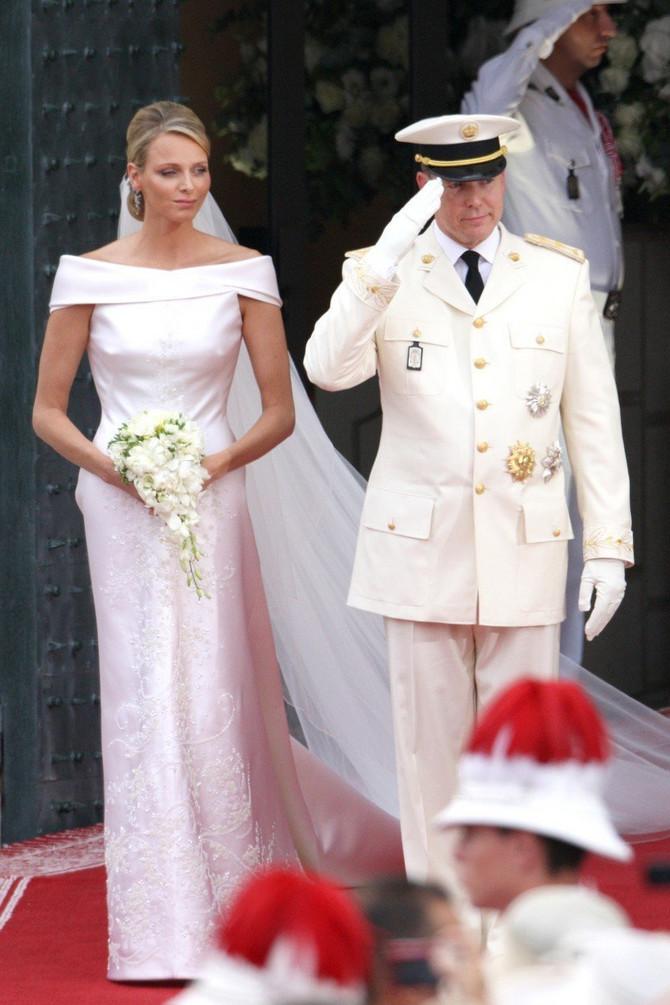 Princeza Šarlen nosila je venčanicu sa Armanijevim potpisom