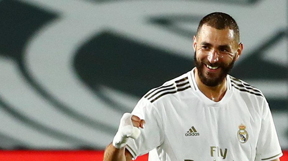 Karim Benzema w barwach Realu strzelił już 244 gole. Do czwartego Santillany traci 56 bramek, do trzeciego Di Stefano – 64, a do drugiego Raula 79.