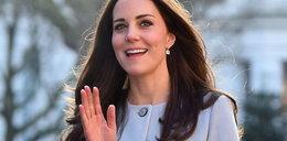 Kate w błękitnym płaszczu. Niemal identyczny ma polska gwiazda, tyle że... droższy!