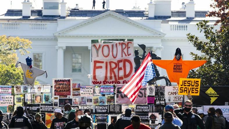 Trump, Biden. Manifestacja przed Białym Domem