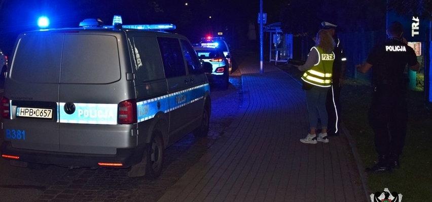 19-latek z Wałbrzycha zaatakował radiowóz, a potem policjanta