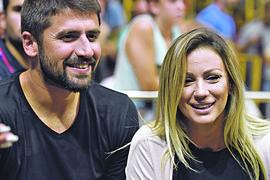 NADA SE DA TO NEĆE BITI ZAUVEK Ana Kokić priznala da se neko vreme NEĆE VIĐATI sa suprugom Nikolom Rađenom