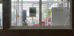 Ta kobieta jest bezwstydna. Ukradła portfel w supermarkecie