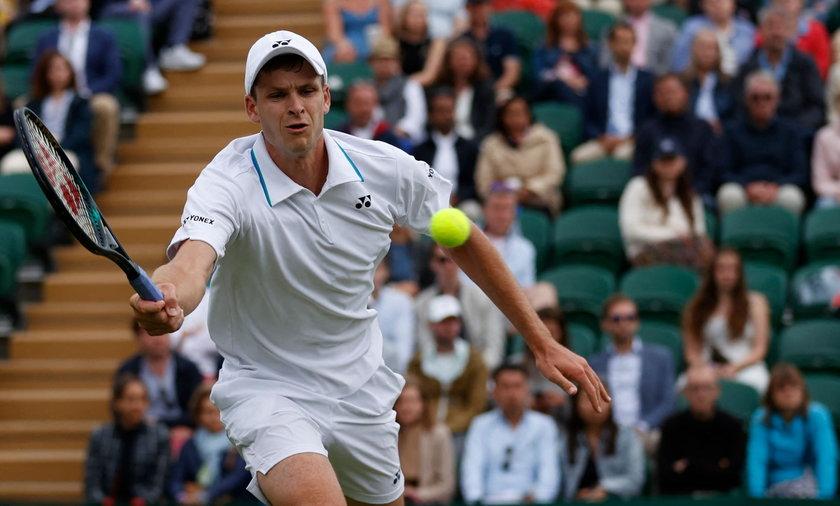 Utalentowany tenisista zarabia coraz lepiej.
