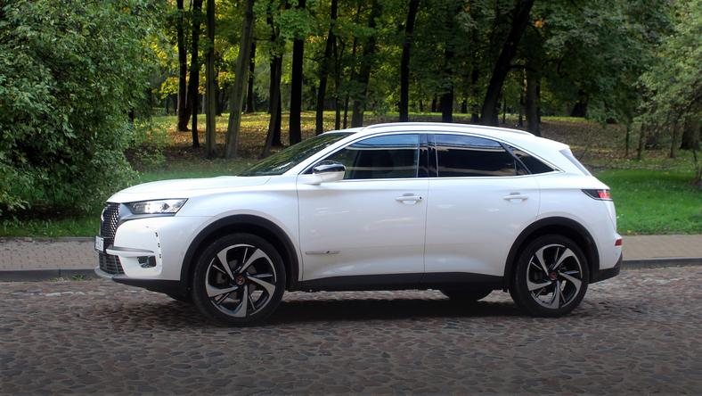 DS 7 Crossback 1.6 225 KM Performance Line