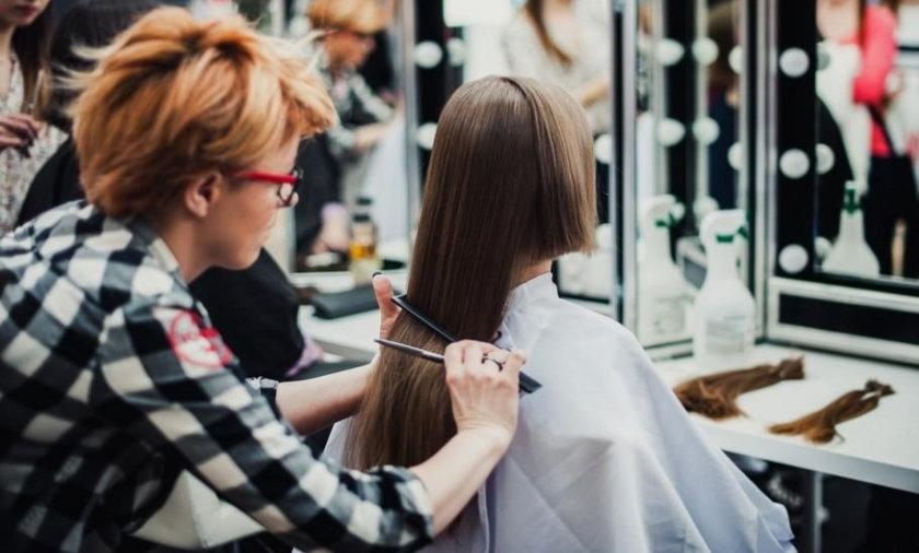 Katowice. Strzyżenie włosów na peruki dla ciężko chorych dzieciaków