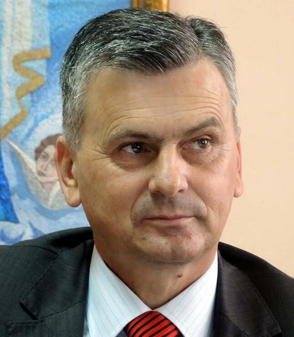 Milan Stamatović: Počinjemo gradu, pa neka hapse 3.000 ljudi