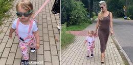 Joanna Krupa wyprowadza córkę na... smyczy. Ale była zabawa!