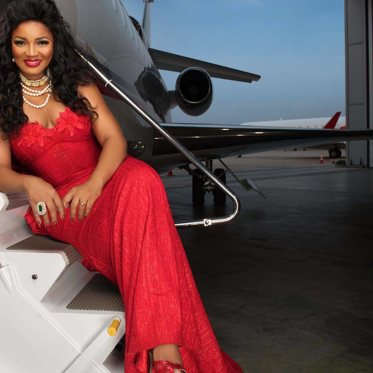 Omotola Jalade-Ekeinde triggered the government of the federal republic of Nigeria and all hell has been let loose [Instagram/OmotolaJaladeEkeinde]