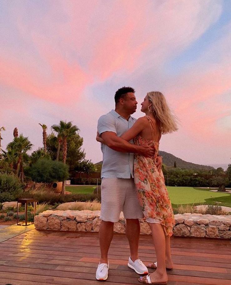 Ronaldo i supruga