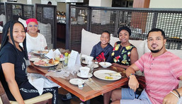 Van Vicker and his family