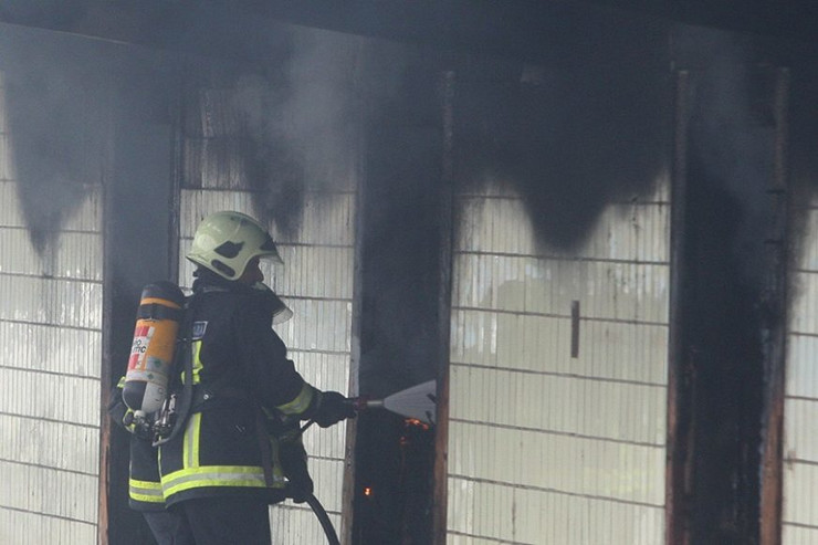 vatrogasci-požar-ilustracija-01-foto-S-PASALIC