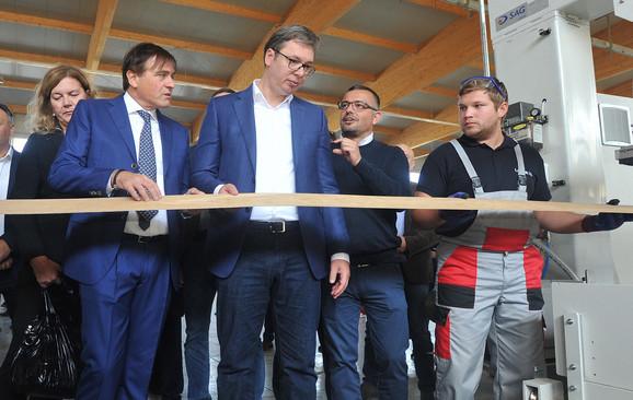 Otvaranje fabrike Labor Srb