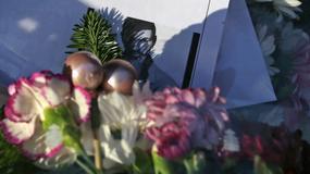 Kwiaty i znicze przed domem George'a Michaela. Tak fani żegnają swojego idola