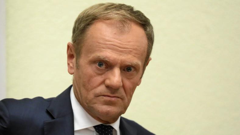 Marzenia o powrocie Donalda Tuska na białym koniu dziś należy uznać za jedynie nic nieznaczący sen. Niektórzy politycy opozycji muszą się wreszcie obudzić. Nie oznacza to jednak, że Donalda Tuska więcej nie zobaczymy w polskiej polityce.