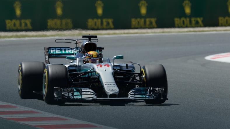 GP Hiszpanii: pole position dla Lewisa Hamiltona, znakomity występ Fernando Alonso