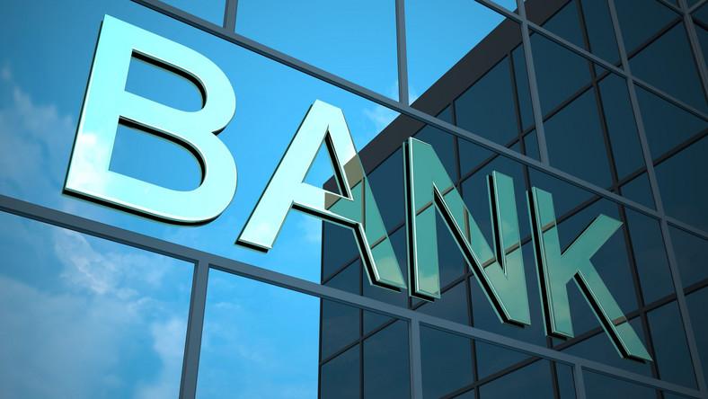 Klienci dostaną po kieszeni. Banki podnoszą ceny