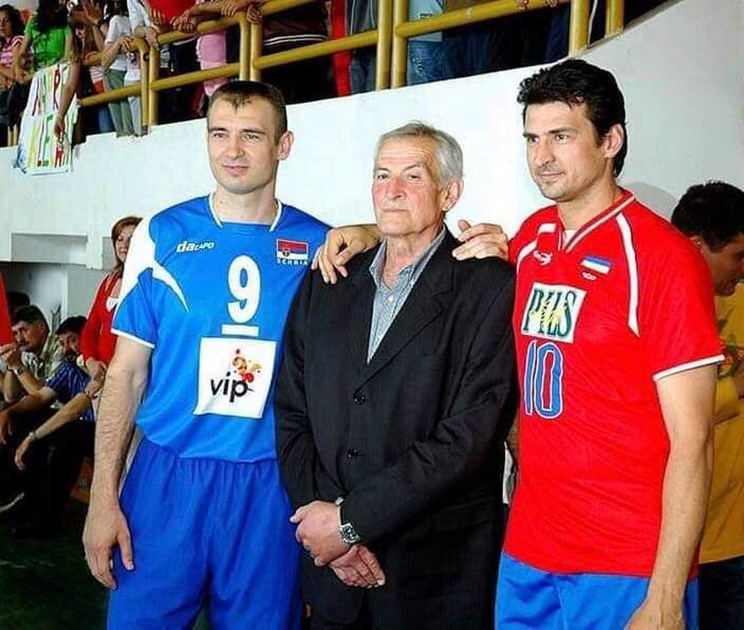 Nikola Grbić (48 l., z lewej) ze swoim ojcem oraz bratem Vladimirem (51 l.)