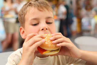 Otyłość wśród dzieci: Obesitolog potrzebny od zaraz