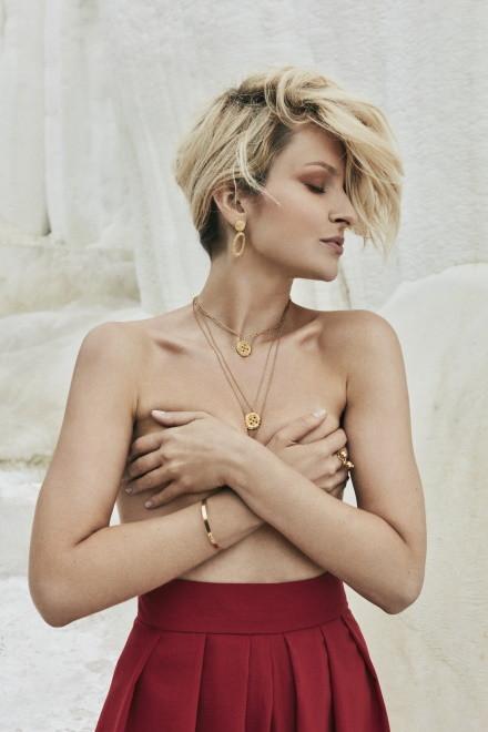 Marieta Żukowska w kampanii kolekcji biżuterii Mokobelle