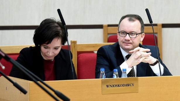 RPO i Nowoczesna: Mała ustawa medialna ograniczyła niezależność mediów