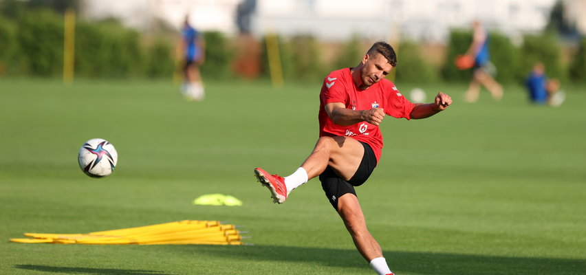 Trener Górnika zdradza, jak Podolski prezentuje się na treningach. Brakuje mu jednej rzeczy, która jest kluczowa w Ekstraklasie