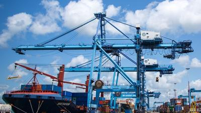 Dozen ships steer clear of Port of Mombasa as Coronavirus takes hold, Kenyans to brace for tough times ahead