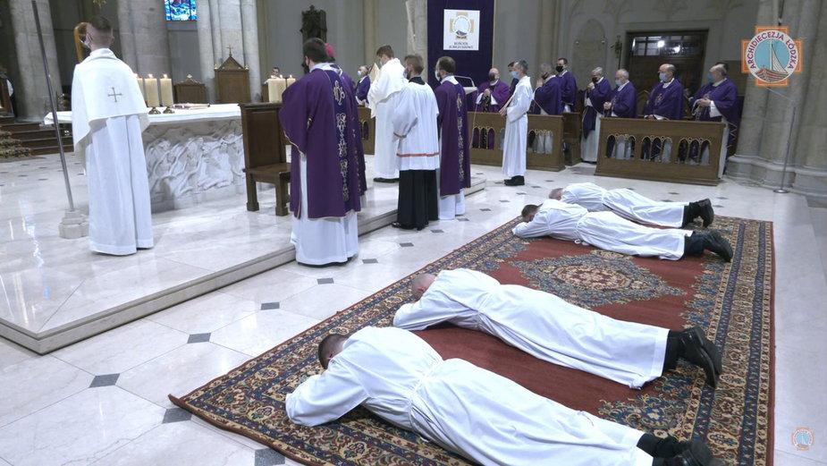 Pierwsze święcenia ogólnopolskiego Seminarium 35 plus w Archidiecezji Łódzkiej
