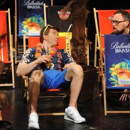 Alan Andersz zagra w teatrze