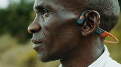 Eliud Kipchoge's special Sh20,000 earphones he can't live without