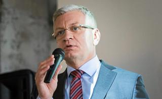 Siedem miesięcy w delegacjach? Prezydent Poznania: Gdyby Jobs siedział w garażu...