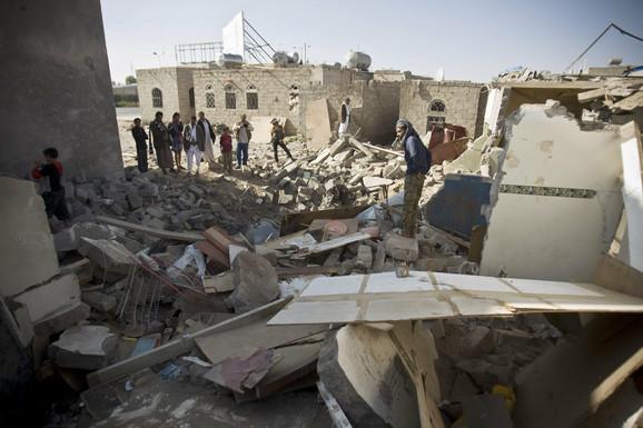 SAD su aktivna podrška Saudijcima u ratu u Jemenu