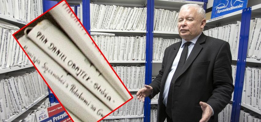 """Tajemnicza teczka z napisem """"Obajtek"""". Znalezisko w archiwum Kaczyńskiego"""