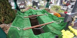 Usługi pogrzebowe w trakcie pandemii. Więcej zgonów, a oni nie zarabiają. Dlaczego?