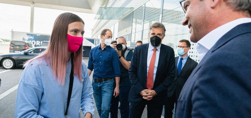 Kryscina Cimanouska wylądowała już bezpiecznie w Warszawie