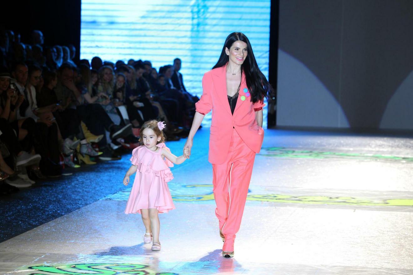 Aleksandra Švraka sa ćerkom Anom