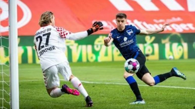 Krzysztof Piątek nie trafił do siatki z trzech metrów