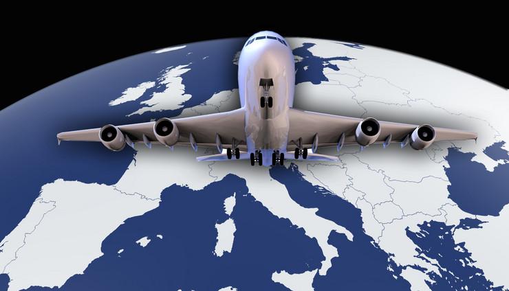 avion evropa mapa kombo foto Shutterstock