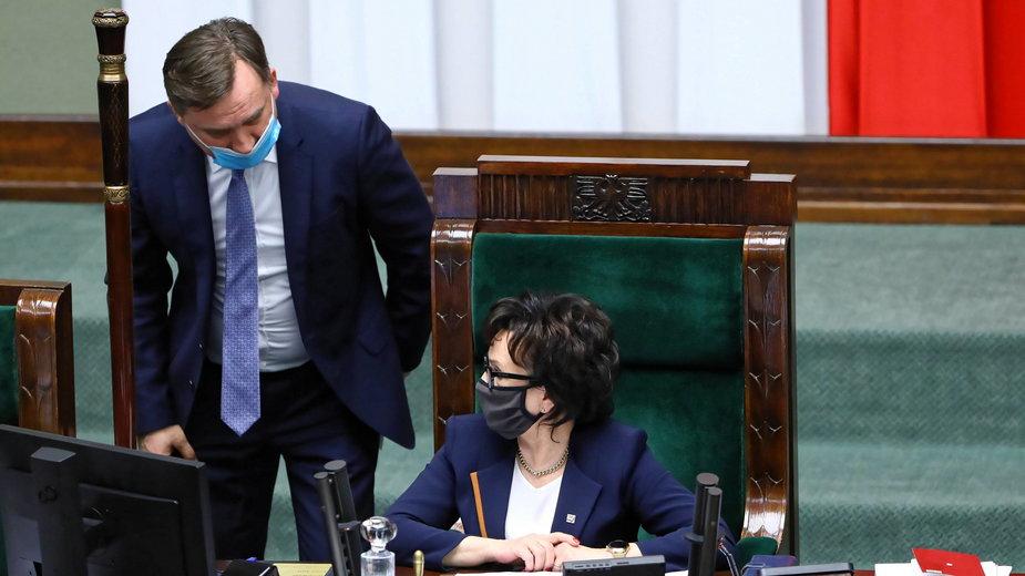(od lewej) Zbigniew Ziobro i Elżbieta Witek w trakcie sejmowych głosowań