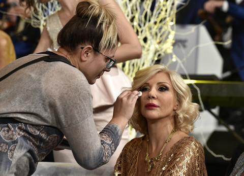 Na TV-u je uvek striktno profesionalna, a evo kako to izgleda kada se Sandra Perović u potpunosti opusti! Video