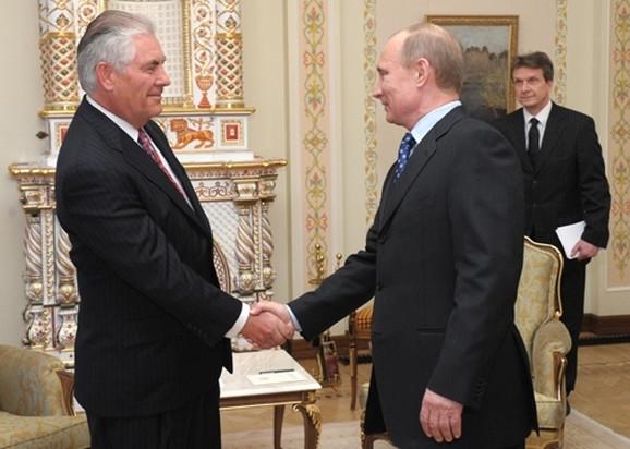 Reks Tilerson i Vladimir Putin