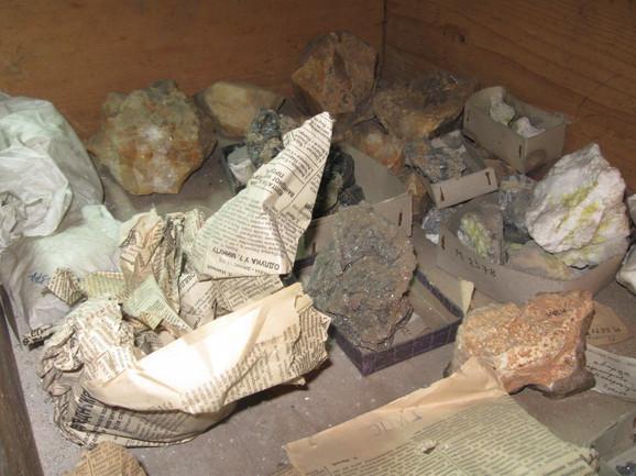 Način na koji se čuvaju primerci kamenja i minerala od naučnog značaja mogao bi da bude adekvatniji