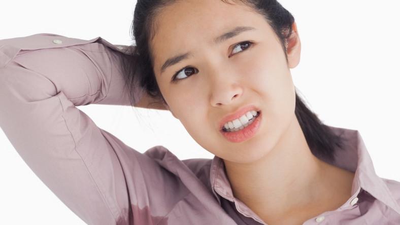 Jak sobie radzić ze wstydliwym problemem?