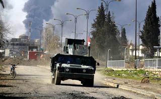 Piekło Mosulu: Wyścig ze śmiercią głodową, która zagraża mieszkańcom