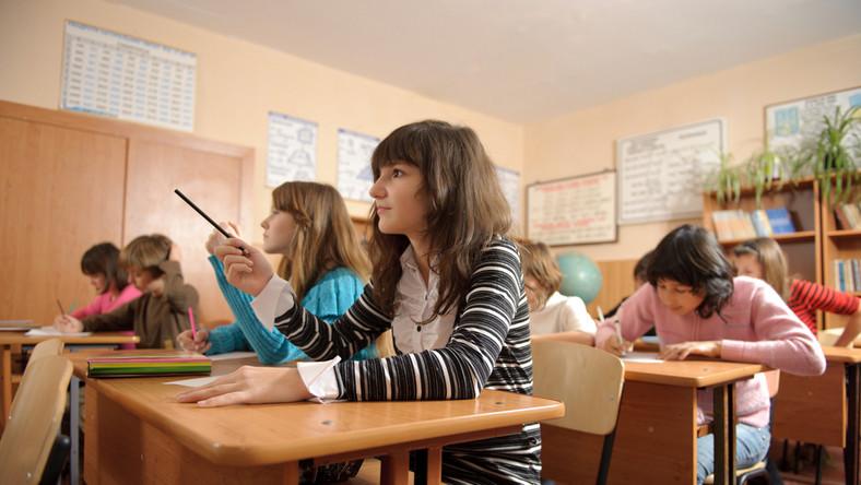 Wyniki egzaminów gimnazjalnych. Wstępne dane CKE