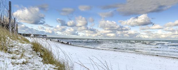 Plaża w Ustce zimą