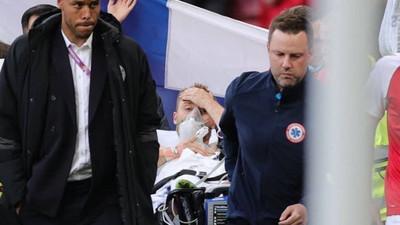 Malaise cardiaque: Eriksen évacué sur civière mais dans un état stable