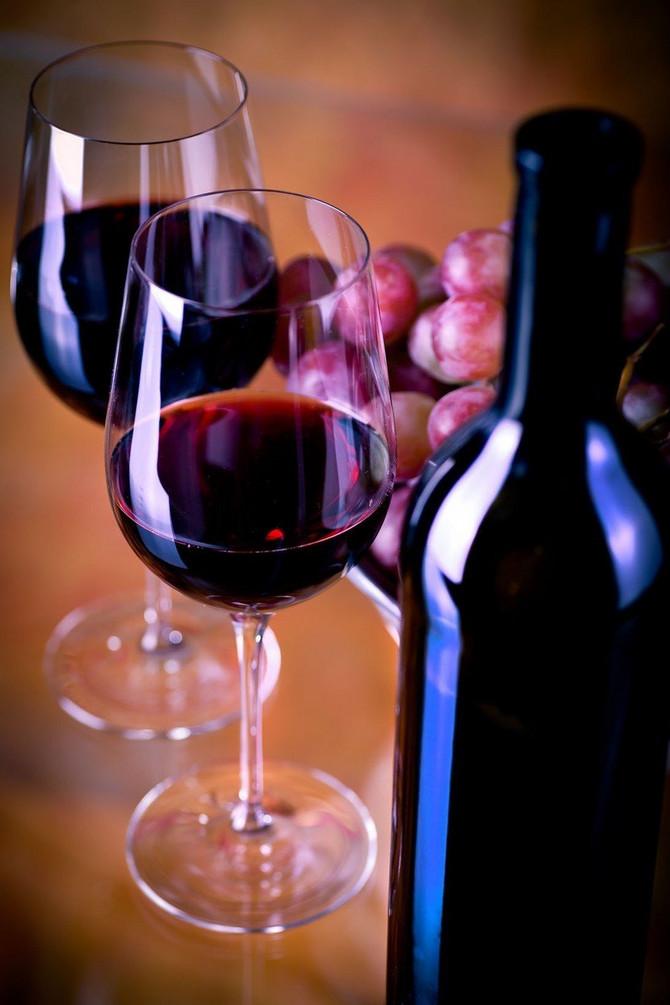 Slobodno povremeno popijte čašu crnog vina