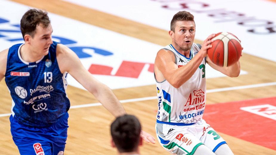 Rotnei Clarke, Jakub Motylewski